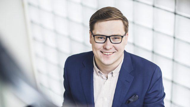 Daniel Sazonov valittu Kokoomusnuorten puheenjohtajaksi