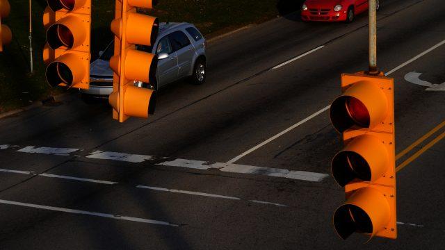 Kokoomusnuoret Kokoomuksen puoluevaltuustolle: Ajoneuvojen seurantajärjestelmää ei tule hyväksyä