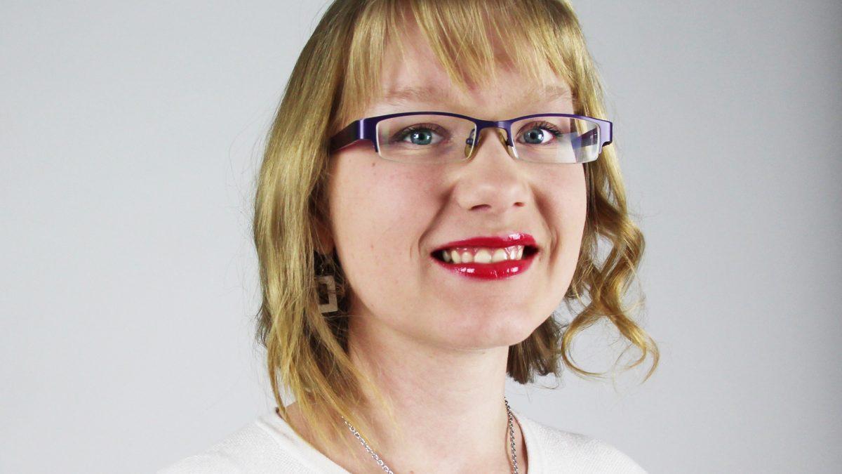 Laura Sviili aloittaa Kokoomusnuorten järjestökoordinaattorina Helsingissä