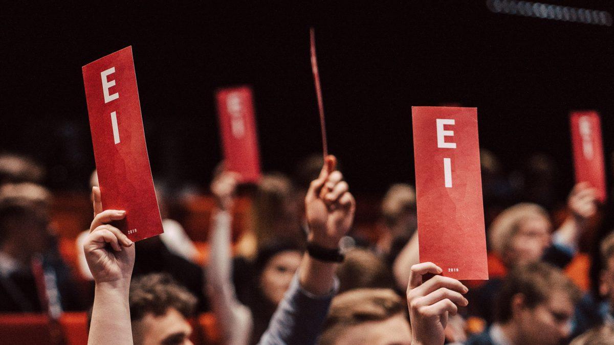"""Poliittiset nuorisojärjestöt: """"Emme tee yhteistyötä fasistien kanssa"""""""