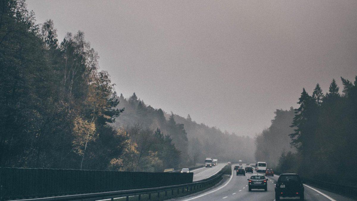 Hämeen Kokoomusnuoret: yksityisautoilua ei saa hankaloittaa